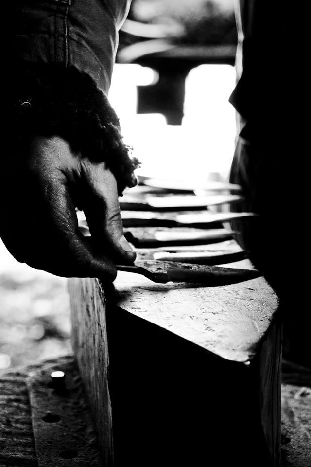 Joel giavelli coutelier forgeron